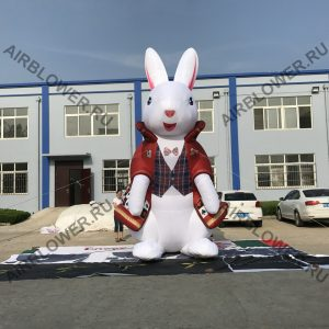Надувная фигура зайца на одном АВ-180Е